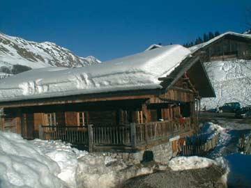 Skihütte Grand Bornand: nur ein paar Schritte von den Skipisten entfernt