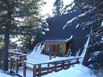 Skihütte im Skigebiet Alpe Cermis